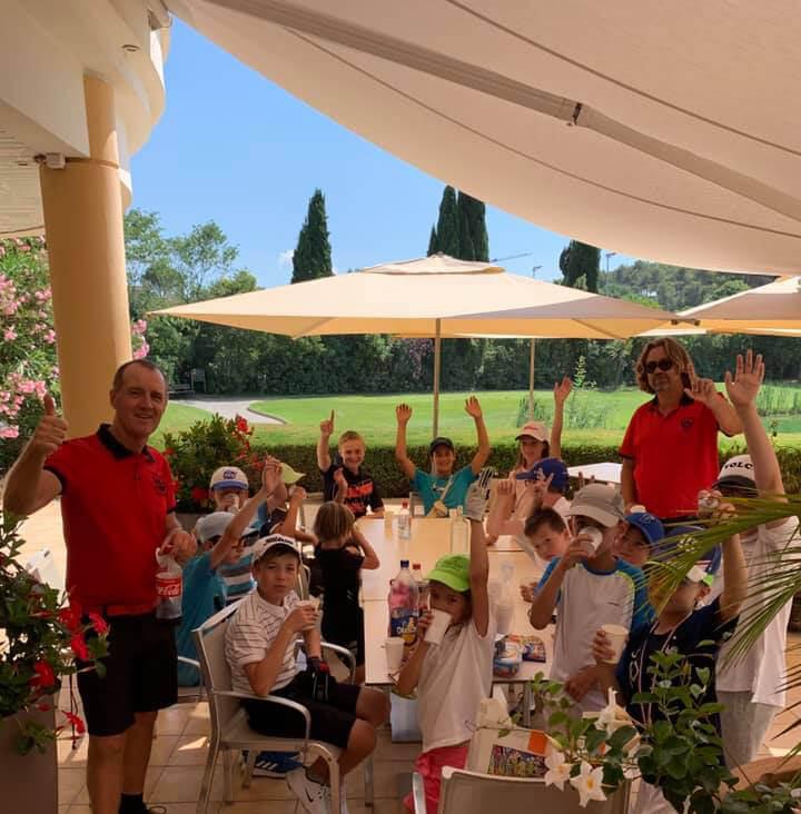 Stage de golf pour enfant cet été