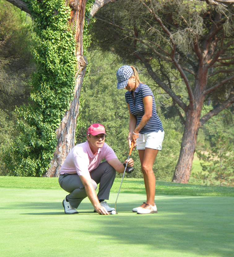 Learn golf with the academy of the French Riviera - Alpes Maritimes