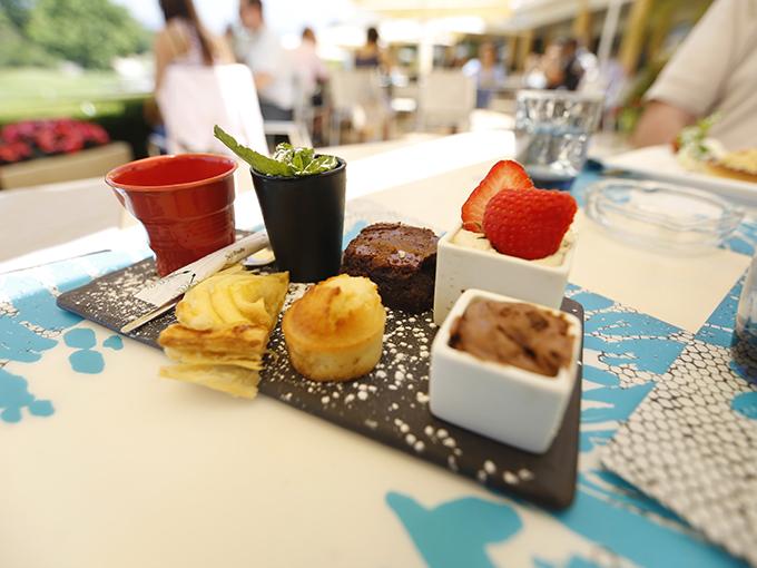 Fin de repas au restaurant - Initiations aux Comités d'entreprises des sociétés et Seménaires
